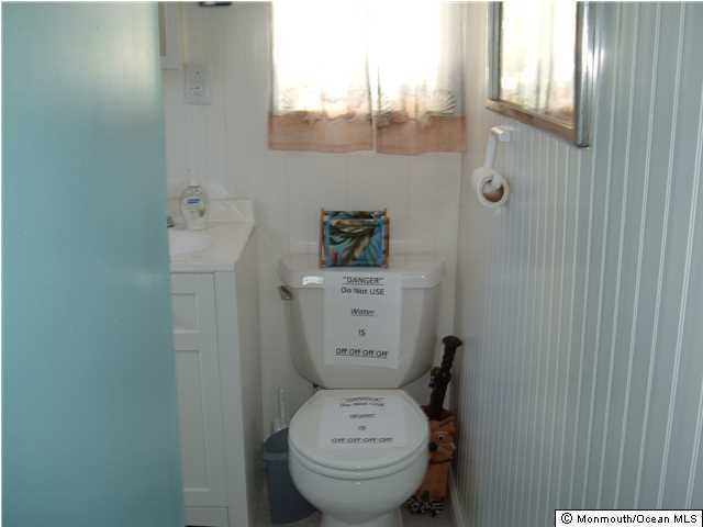 Additional photo for property listing at 65 Shore Villa Road  South Seaside Park, New Jersey 08752 États-Unis