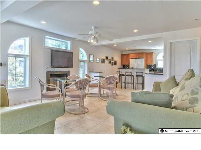 Additional photo for property listing at 93 21st Avenue  Seaside Park, New Jersey 08752 États-Unis