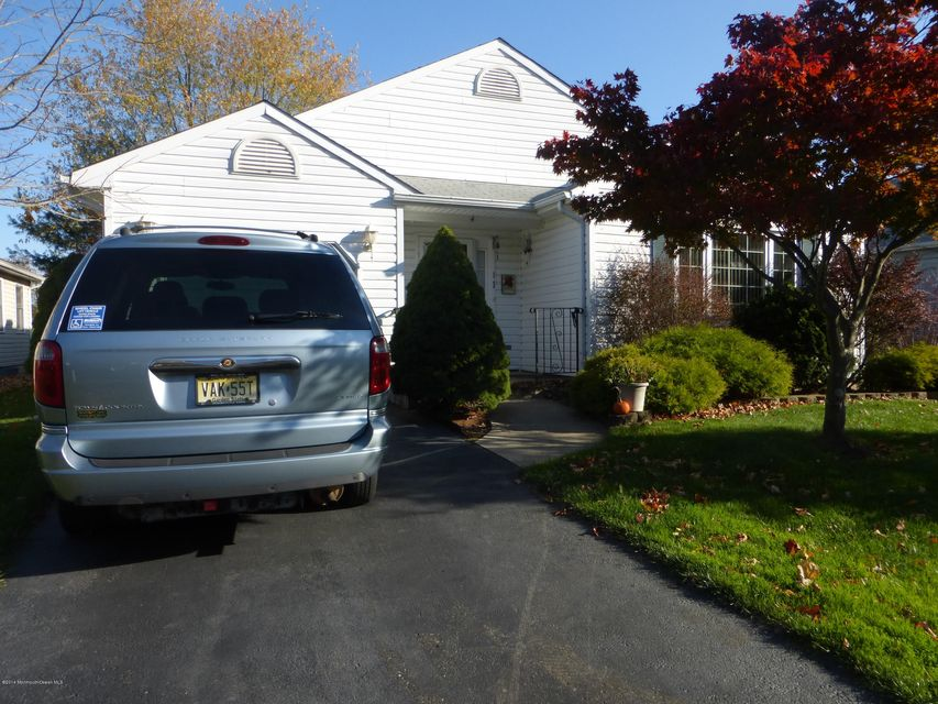 Additional photo for property listing at 4 Brant Drive  Brick, New Jersey 08724 États-Unis