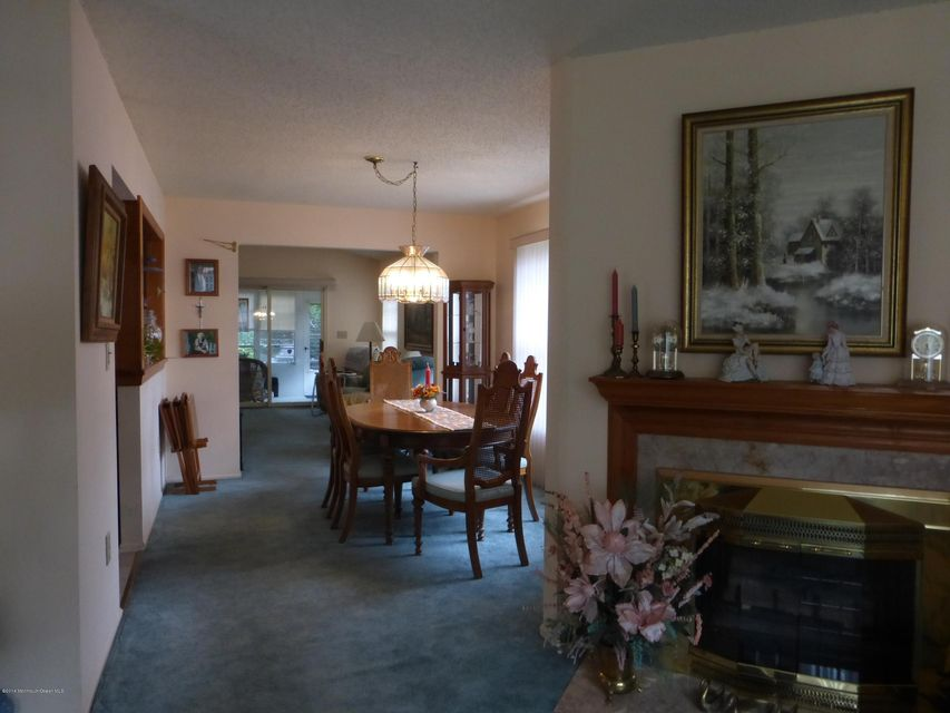 Additional photo for property listing at 4 Brant Drive  布里克, 新泽西州 08724 美国