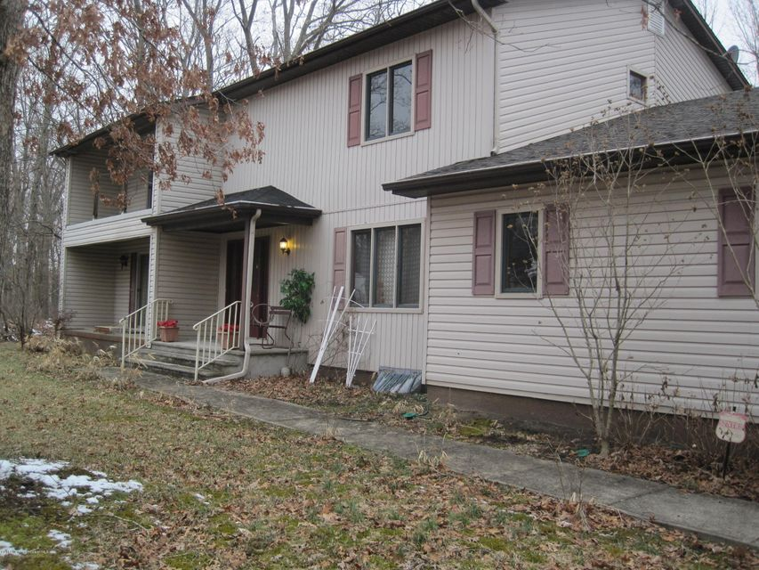 Photo of home for sale at 355 Chestnut Street Street, Lakewood NJ
