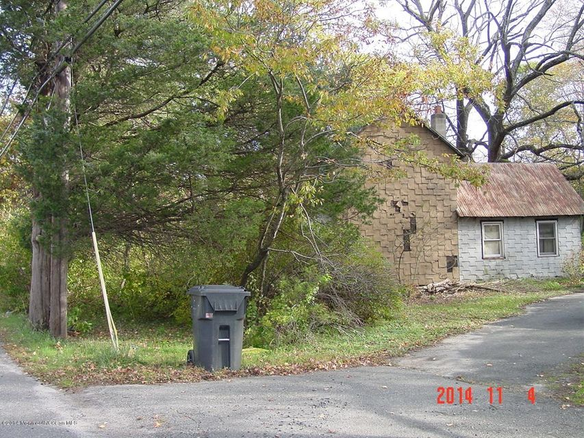 Additional photo for property listing at 949 Burnt Tavern Road  Brick, New Jersey 08724 United States