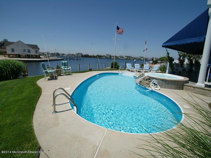 Einfamilienhaus für Verkauf beim 191 Route 35 191 Route 35 Mantoloking, New Jersey 08738 Vereinigte Staaten