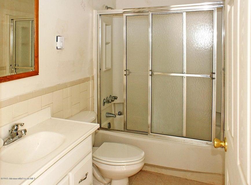 Additional photo for property listing at 108 Eliza Lane  Manahawkin, 新泽西州 08050 美国