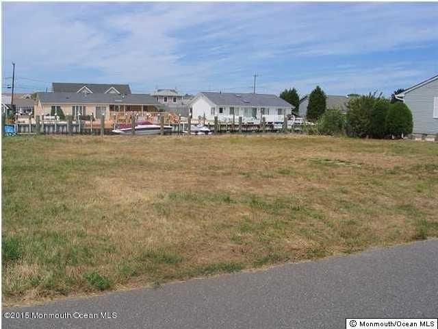 Additional photo for property listing at 807 Spar Drive  Forked River, New Jersey 08731 United States