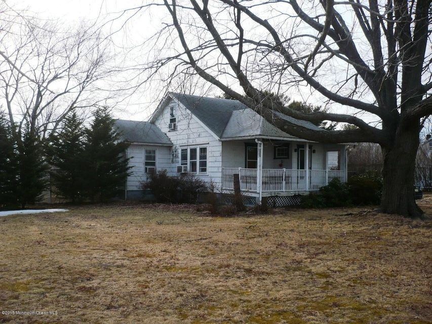 Photo of home for sale at 1420 Meeting House Road Road, Sea Girt NJ