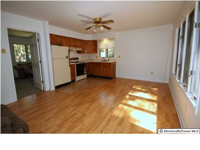 Additional photo for property listing at 505 Dugout Drive  Lanoka Harbor, New Jersey 08734 États-Unis