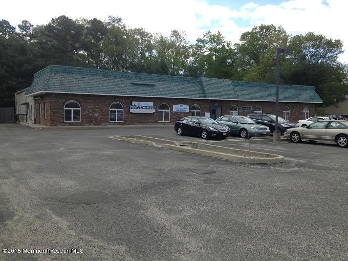 Commercial for Sale at 411 Main Street Lanoka Harbor, 08734 United States
