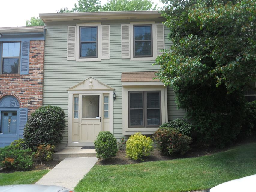 Photo of home for sale at 198 Haverford Court Court, Aberdeen NJ