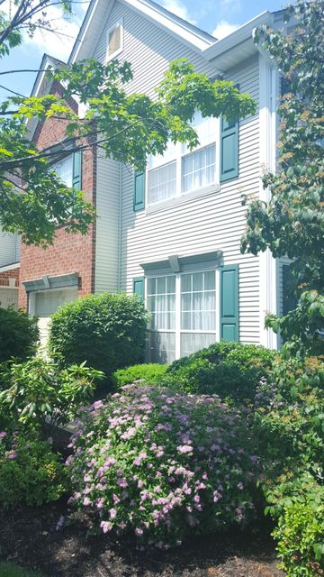Photo of home for sale at 144 Tarpon Drive Drive, Sea Girt NJ
