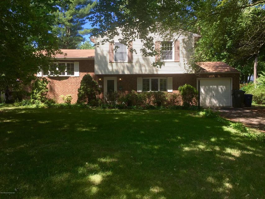 Photo of home for sale at 116 Apple Blossom Lane Lane, Middletown NJ