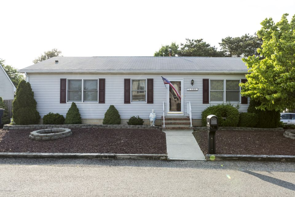 Photo of home for sale at 1500 Mermaid Avenue Avenue, Beachwood NJ