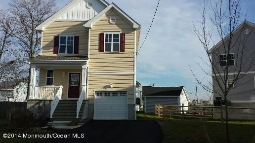 Photo of home for sale at 929 7th Street Street, Union Beach NJ