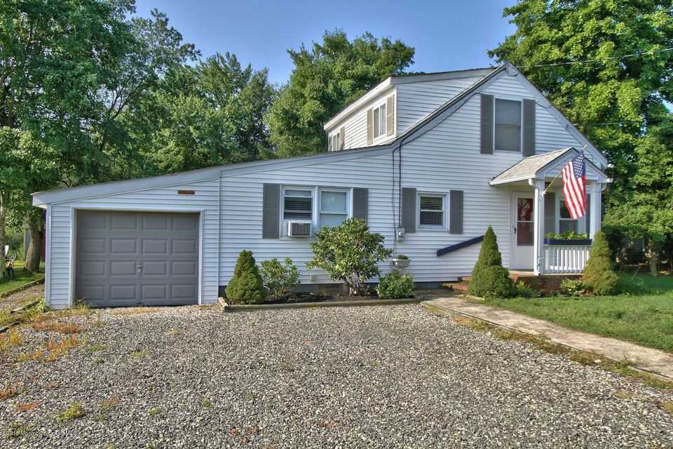 Photo of home for sale at 82 Clearwater Drive Drive, Waretown NJ