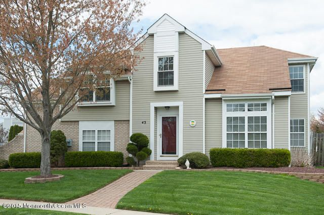 Photo of home for sale at 43 Kentucky Way Way, Freehold NJ