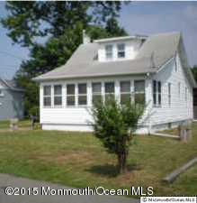 Photo of home for sale at 10 Horner Lane Lane, Forked River NJ