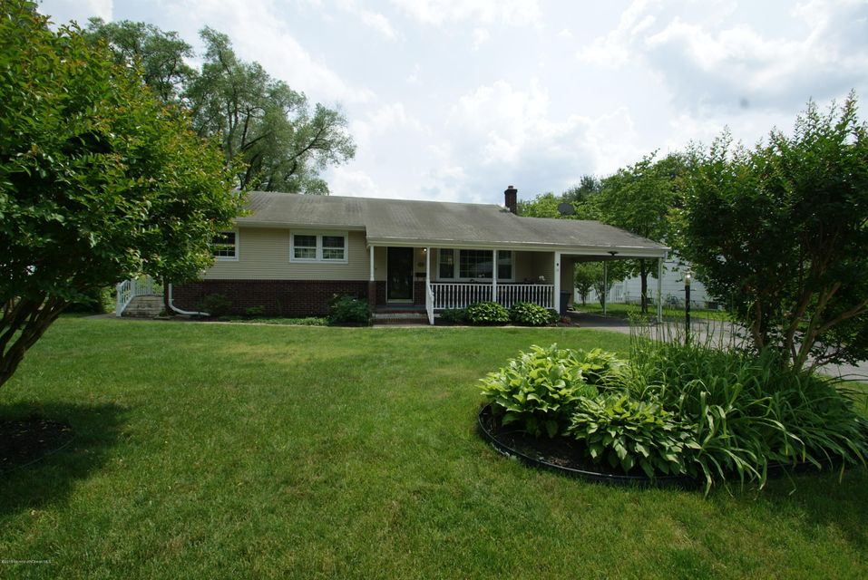 Photo of home for sale at 105 Suburban Drive Drive, Toms River NJ