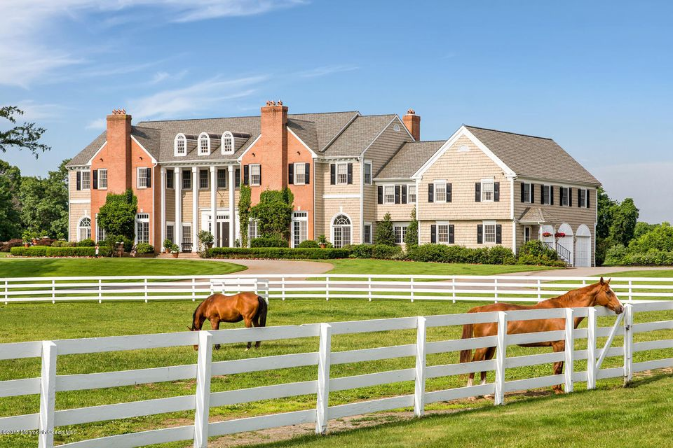 Maison unifamiliale pour l Vente à 45 Cross Road Colts Neck, New Jersey 07722 États-Unis