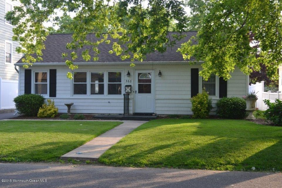 Photo of home for sale at 368 Cedar Avenue Avenue, Manasquan NJ