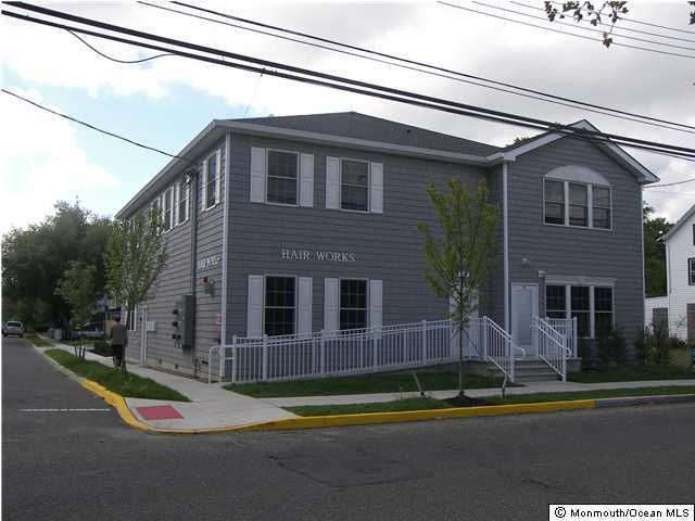 Photo of home for sale at Drs James Parker Boulevard Boulevard, Red Bank NJ