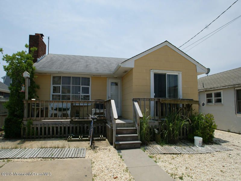 Photo of home for sale at 113 Surf Drive Drive, South Seaside Park NJ