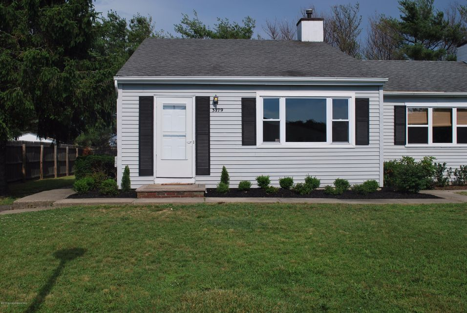 Photo of home for sale at 3279 Mystic Port Place Place, Toms River NJ