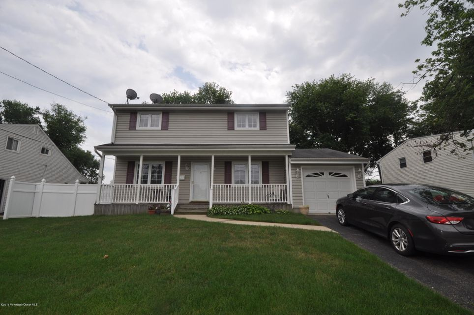 Photo of home for sale at 7 Adams Street Street, Old Bridge NJ