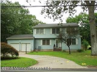 Photo of home for sale at 168 Miller Road Road, Lakewood NJ
