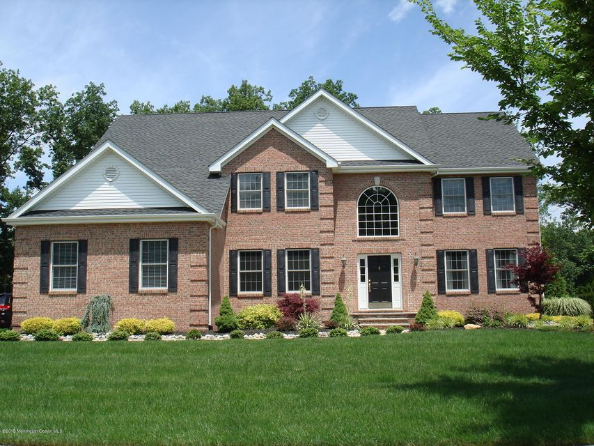 Photo of home for sale at 12 Summers Drive Drive, Jackson NJ