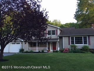 Photo of home for sale at 18 Buttonwood Road Road, Middletown NJ