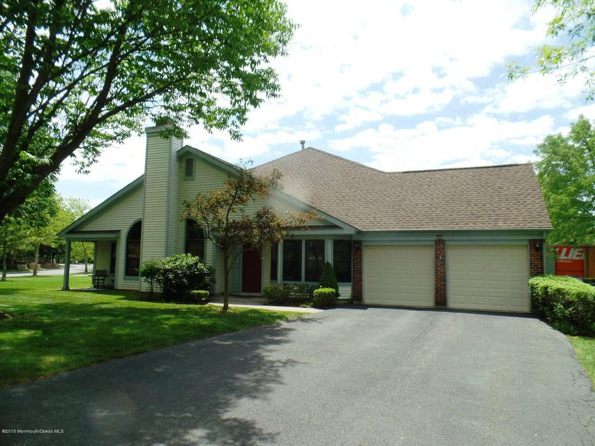 Photo of home for sale at 172 Old Orchard Lane Lane, Ocean Twp NJ