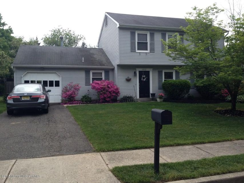 Photo of home for sale at 1802 Maplewood Street Street, Toms River NJ