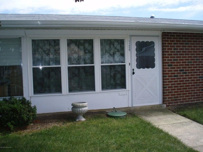 Photo of home for sale at 1155 B Argyll Circle Circle, Lakewood NJ