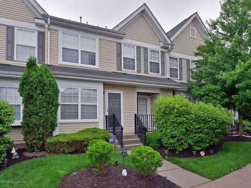 Photo of home for sale at 295 Brookfield Drive Drive, Jackson NJ