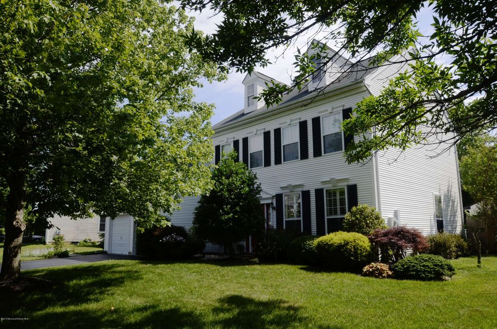 Photo of home for sale at 18 Saint Johns Drive Drive, Freehold NJ