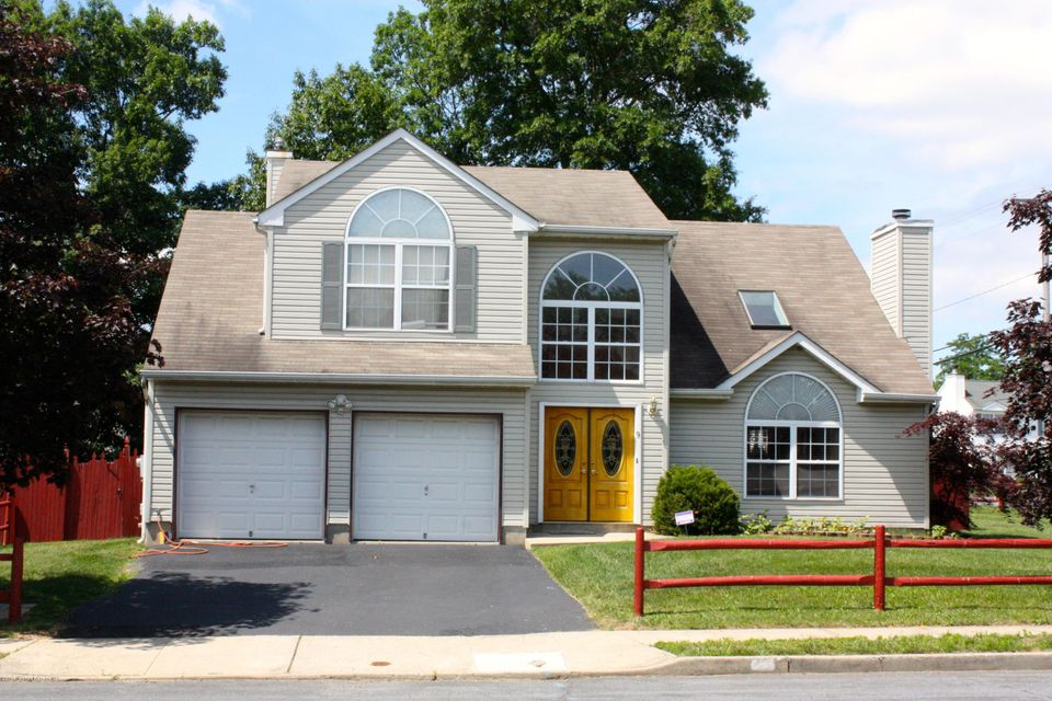 Photo of home for sale at 9 Joyce Street Street, Cliffwood NJ