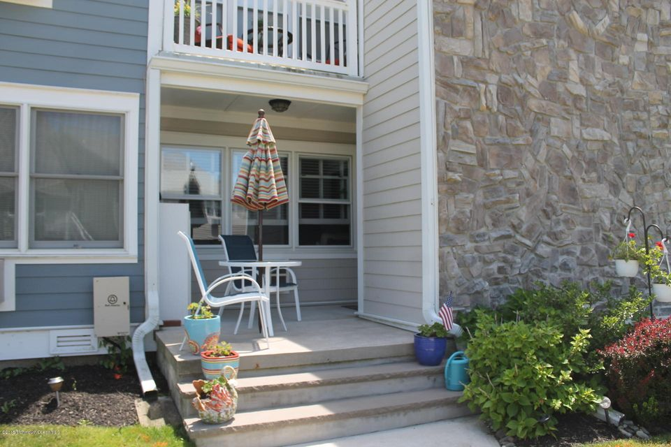 Photo of home for sale at 100 Seaview Avenue Avenue, Monmouth Beach NJ