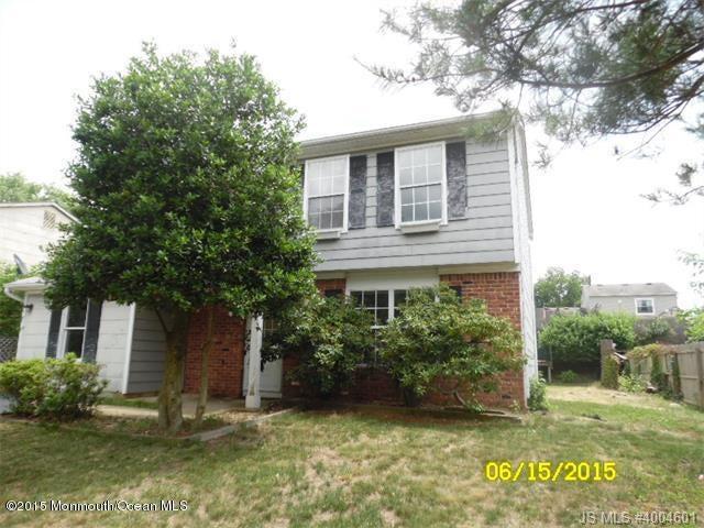 Photo of home for sale at 24 Mizzen Drive Drive, Barnegat NJ