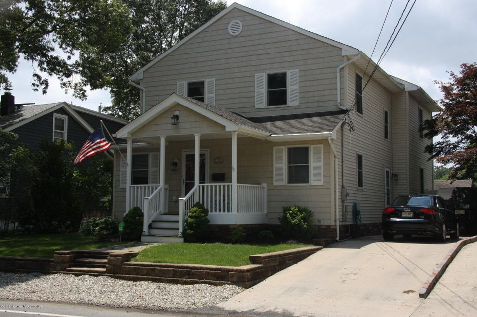 Photo of home for sale at 1002 Burnt Tavern Road Road, Point Pleasant NJ