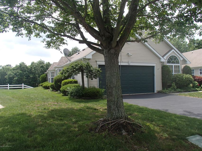 Photo of home for sale at 3657 Vicari Avenue Avenue, Toms River NJ