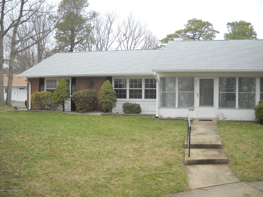 Photo of home for sale at 805a Balmoral Court Court, Lakewood NJ