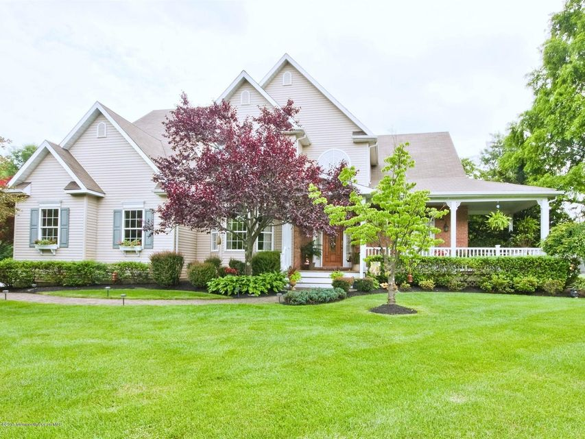 Photo of home for sale at 3 Plantation Drive Drive, Freehold NJ