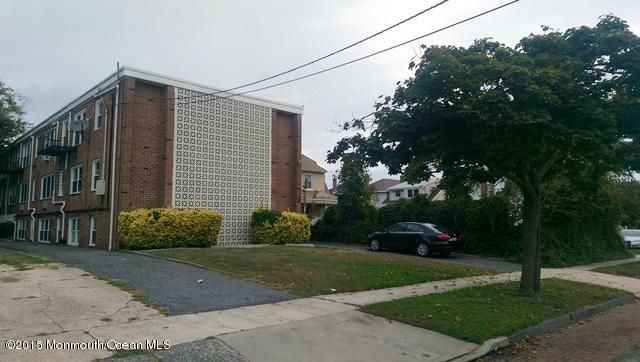 Photo of home for sale at 407 3rd Avenue Avenue, Asbury Park NJ