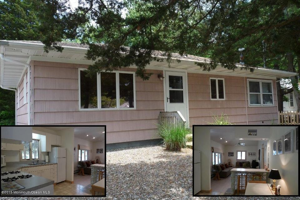 Photo of home for sale at 321 Neary Avenue Avenue, Bayville NJ