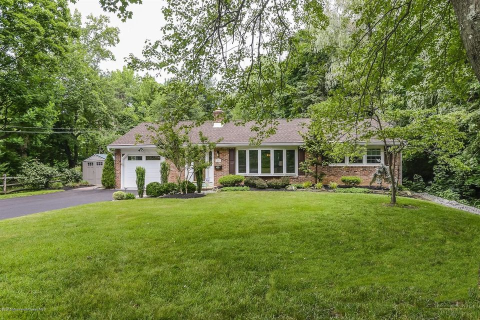 Photo of home for sale at 268 Hamiltonian Drive Drive, Red Bank NJ