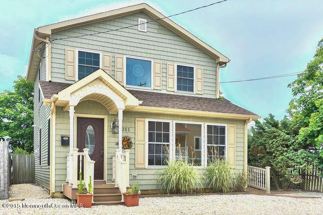Photo of home for sale at 251 Fort Avenue Avenue, Ortley Beach NJ