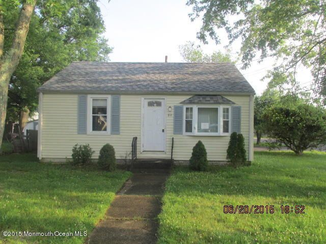 Photo of home for sale at 80 Illinois Avenue Avenue, Waretown NJ