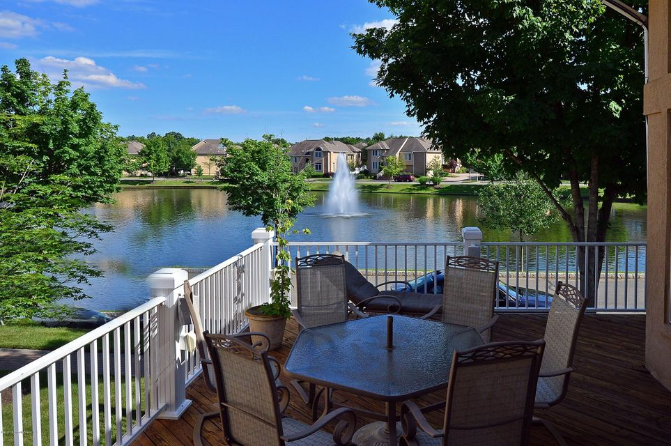 Photo of home for sale at 113 La Costa Court Court, Holmdel NJ