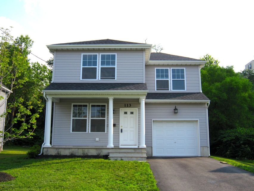 Photo of home for sale at 113 Shore Drive Drive, Highlands NJ