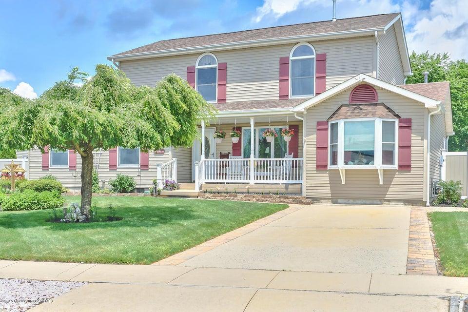 Photo of home for sale at 432 Cheyenne Drive Drive, Waretown NJ